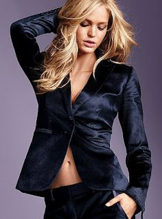 The essential blazer gets a style upgrade with the Velvet One-button Jacket from Victoria's Secret. The slim, tailored fit and classic blazer styling beautifully complement the touchable texture. Velvet Blazer, Velvet Jacket, Velvet Suit, Black Velvet, Blazer Fashion, Fashion Outfits, Blazer Jacket, Leather Jacket, Jackets For Women