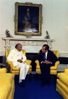 Richard Nixon meeting with President Bhutto of Pakistan in 1973 Pakistan Politics, History Of Pakistan, Zulfikar Ali Bhutto, Harappan, World History, King Queen, Brave, Digital Marketing, Presidents