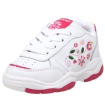 Step & Stride Toddler/Little Kid Fauna Sneaker Converse Shoes For Girls, Girls Sneakers, Girls Shoes, Sneakers Nike, Harajuku Girls, Spice Girls, Skechers, Shoes Online, Kids
