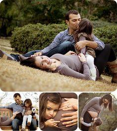 Family Maternity Photo Session