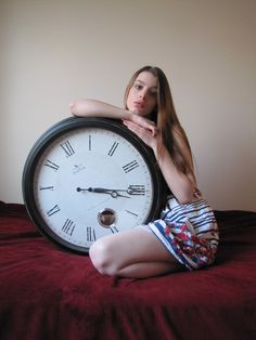 GirlWithClock.Stock02 by *Jessica-Lorraine-Z on deviantART