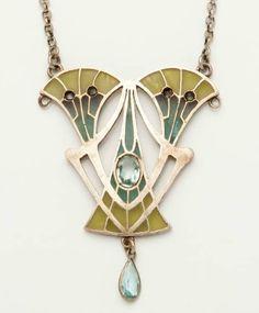 Philippe Wolfers. A silver pendant with enamel. With polychrome plique a jour enamel decoration. Art Nouveau.