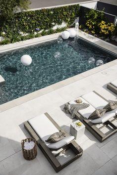 Backyard Pool Designs, Swimming Pools Backyard, Swimming Pool Designs, Pool Landscaping, Backyard Ideas, Small Swimming Pools, Patio Ideas, Piscina Rectangular