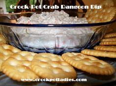 Crock-Pot Crab Rangoon Dip By the Crock-Pot Ladies YUM! And so easy! Use FF cream cheese and sour cream ! Dip Recipes, Crockpot Recipes, Cooking Recipes, Party Recipes, Dip Crockpot, Crock Pot Dips, Crock Pot Cooking, I Love Food, Gourmet