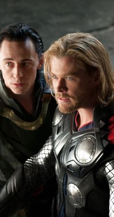 Thor (2011) photos, including production stills, premiere photos and other event photos, publicity photos, behind-the-scenes, and more.