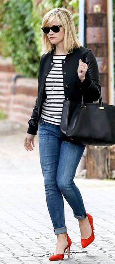 reese witherspoon outfits best outfits - Page 5 of 100 - Celebrity Style and Fashion Trends Red Shoes Outfit, Outfits With Red Shoes, Cool Outfits, Casual Outfits, Fashion Outfits, Fashion Trends, Celebrity Outfits, Celebrity Style, Reese Witherspoon Style