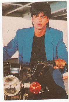 always was, is and will be the most wonderful man in the world :D @Omg SRK I love u Shah Rukh :* pic.twitter.com/UYFgbSAXa6