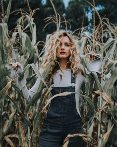 Senior Girl Photography, Portrait Photography Poses, Photography Poses Women, Summer Photography, Photo Poses, Creative Photography, Family Photography, Shooting Photo, Creative Photos