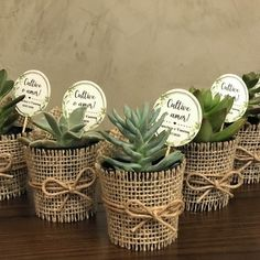 Wedding Favors And Gifts, Homemade Wedding Favors, Flower Shop Decor, Garden Center Displays, Pioneer Gifts, Fairy Gifts, Wedding Giveaways, Mothers Day Crafts For Kids, Rustic Crafts