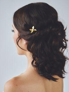 Gold Leaf Hairpin | LÉA HAIRPIN | Davie & Chiyo