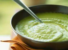 Découvrez la recette Velouté brocolis et pommes de terre sur cuisineactuelle.fr.