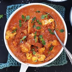Korvstroganoff med blomkål Bratwurst, Chorizo, Curry, Ethnic Recipes, Food, Curries, Essen, Meals, Yemek
