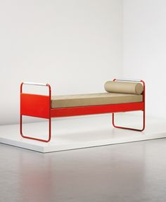 Jean Prouvé - Bed, model no. designed for the Lycée Fabert, Metz, 1935 Small Furniture, Design Furniture, Handmade Furniture, Contemporary Furniture, Vintage Furniture, Home Furniture, Furniture Stores, Jean Prouve, Colani