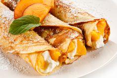 Tejszínes, barackos palacsinta - Recept | Femina Kitchen Recipes, Snack Recipes, Dinner Recipes, Snacks, Waffles, Pancakes, Saveur, Easy Meals, Chips