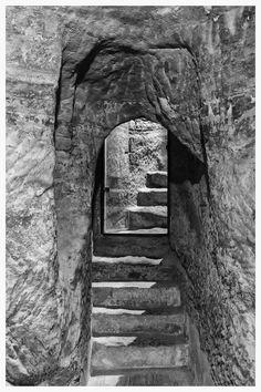 https://flic.kr/p/NuKejs | Alcañiz - Teruel | Subterráneos de la época en que la Orden de Calatrava estaba asentada en la Ciudad.