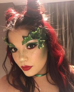 Posion Ivy Costume, Poison Ivy Halloween Costume, Poison Ivy Cosplay, Halloween Queen, Halloween Inspo, 31 Days Of Halloween, Cute Halloween Costumes, Halloween Looks, Diy Costumes