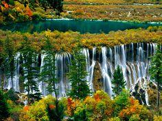 九寨溝 Jiuzhai Valleyの滝