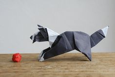 Origami Border Collie. | Flickr - Photo Sharing! Would love to learn how to make this!