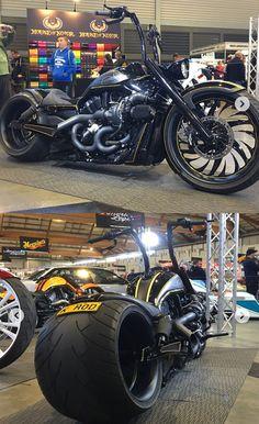 Custom Vrod Harley 360 rear tire