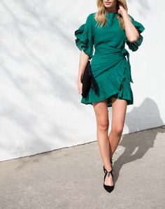Isabel Marant | green ruffled tie-waist dress