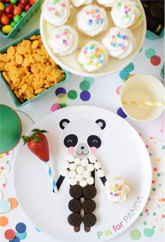 Happy Wish Company shares how they took this wild animal party up a notch by using animal plates that allow you to dress up the animals with party treats. Party Treats, Party Snacks, Party Favors, Birthday Bash, First Birthday Parties, Cake Pops, Happy Wishes, Cupcakes, Kids Party Decorations