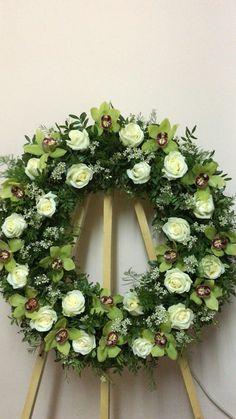 Flower Wreath Funeral, Funeral Flowers, Funeral Floral Arrangements, Flower Arrangements, Altar Flowers, Paper Flowers, Hawaiian Lei Flower, Flower Room Decor, Sympathy Flowers