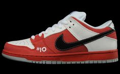 online store 53006 3a877 Made for Skate x Nike SB Dunk Low