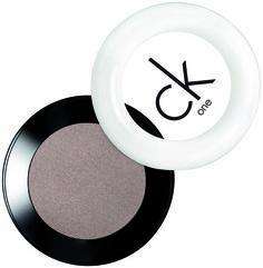Jessica Biel wears CK One Color Powder Eyeshadow in Evolved: http://rstyle.me/n/f83buqm6n