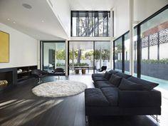 Fantastisch Robert Mills Architects Entwerfen Ein Luxuriöses Familienheim In Toorak,  Australien. Zimmer EinrichtenLuxuswohnzimmerSchwarze WohnzimmerModerne ...