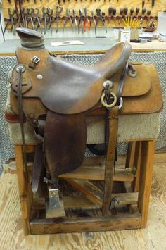 RC SADDLE CO. 15 inch Wade Saddle for Sale - For more information click on the image or see ad # 36845 on www.RanchWorldAds.com