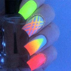 TipsandTopCoat Glow Nails