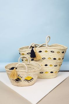 Bags & Handbag Trends : Panier Kid Blune x Maradji zoom - Flashmode Worldwide Diy Clutch, Diy Purse, Diy Bags Purses, Purses Boho, Diy Accessoires, Art Bag, Jute Bags, Basket Bag, Summer Bags