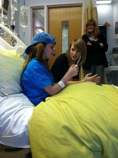 Taylor warmed the hearts of countless fans when she made a surprise visit to Hasbro Children's Hospital in Rhode Island on March 31.