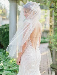 Photography: Vasia Photography - www.vasia-weddings.com Photography: Artiese Studios - artiesestudios.com  Read More: http://www.stylemepretty.com/2015/05/17/elegant-ethereal-wedding-inspiration/