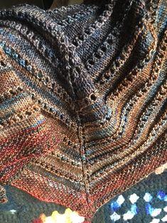 Free Knit Shawl Patterns, Prayer Shawl Patterns, Beginner Knitting Patterns, Loom Knitting, Knitting Stitches, Hand Knitting, Scarf Patterns, Ravelry Free Knitting Patterns, Crochet Patterns