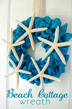 Cute DIY Beach Cottage Wreath with full tutorial! Get the beach house feel with this home decor piece.