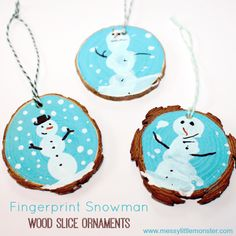 Fingerprint Snowman Wood Slice Ornament. A cute kid made Christmas ornament and keepsake. Toddlers, preschoolers and older children can have fun with this rustic Christmas craft.