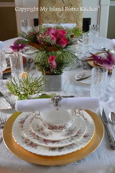 Christmas Eve Table Setting and Dinner