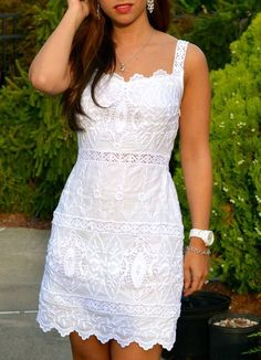 Instead of the lbd a lwd, little white dress. This one is adorable! Elegant Dresses, Pretty Dresses, Casual Dresses, Short Dresses, Fashion Dresses, Little White Dresses, White Outfits, Lace Dress, Dress Up