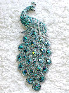 pearl-nautilus:  Peacock Brooch