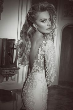 Yaki Ravid 2015 wedding dresses | You & Your Wedding - Yaki RavidIsraeli bridal designer #YakiRavid has created a totally romantic, kind of vintage, dreamy and sensual #Bridalcollection. If you love #lace, precious details and intense femininity, these #Bridaldresses will conquer you!