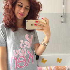 Pink lips and nails to match my Barbie mood! Tee: Tezenis L'abbinamento perfetto per la mia maglietta da Barbie? Rossetto e smalto rosa, ovvio! T-shirt: Tezenis