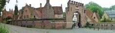 Brujas-Brugge: Casitas alrededor del Minnewater