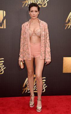Halsey from MTV Movie Awards 2016 Red Carpet Arrivals   E! Online