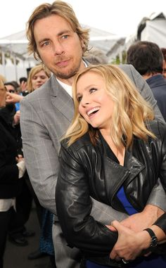 Dax Shepard & Kristen Bell from 2014 Oscars I'm not really into celebrities but these two make me happy :) Cute Celebrity Couples, Cute Couples, Happy Couples, Kristen Bell And Dax, Famous Duos, Dax Shepard, Couple Presents, Hollywood Couples, Famous Couples
