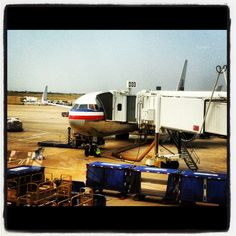 American flight 70, a 767-300WL, preparing for the daily flight from DFW to Frankfurt, Germany at gate D33