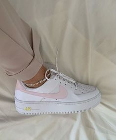 baddie shoes nike Image about fashion - Sneakers Fashion, Fashion Shoes, Sneakers Nike, Fashion Belts, Fashion Fashion, Fashion Women, Fashion Outfits, Daily Fashion, Fashion Clothes