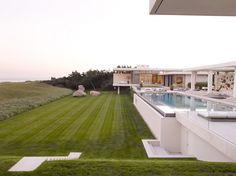 The Dreamiest Hamptons Beach Homes You've Ever Seen via @MyDomaineAU