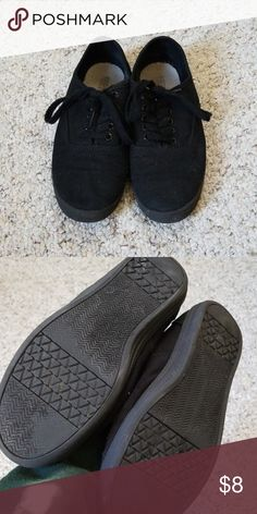 0683d0bb45f4 Mossimo Supply Co Black Sneakers Mossimo Supply Co simple black sneakers.  Some wear but still