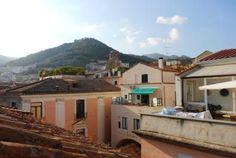 Foto 1: Quadrilocale in Via Mercanti, Centro Storico, Salerno